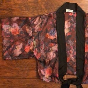 ONE&ONLY Urban Outfitters kimono style wrap top